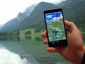 App mit fotorealistischen 3D-Wanderkarten
